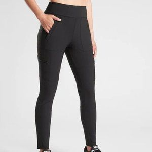 Athleta Headlands Hybrid Cargo Tights size 8 Black